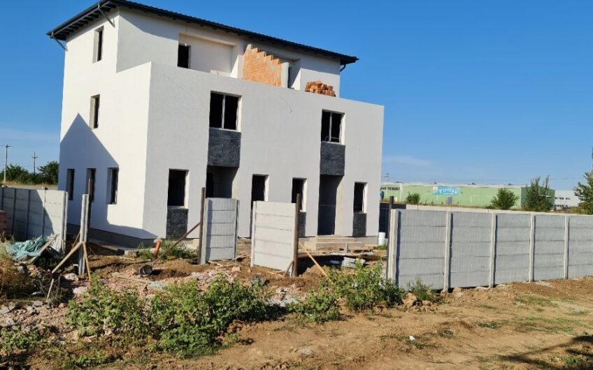 Duplex Modern de Vanzare Tunari